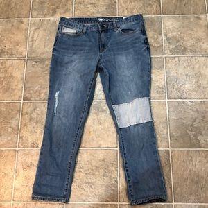 Gap Sexy Boyfriend Fit jeans 8/29R